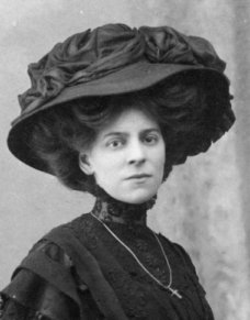 Merry Widow Hat