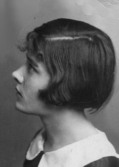 Twenties hairstyle