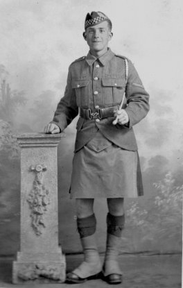 Scottish soldier-full length